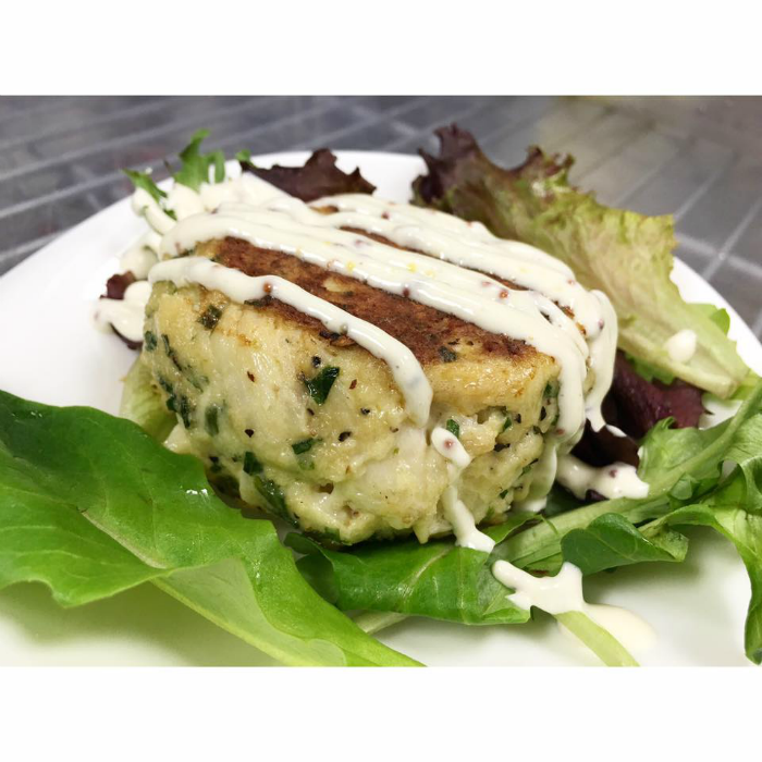 AWARD WINNING CRAB CAKE APPETIZER